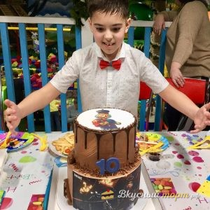 Торт для мальчика подарок ФортНайт